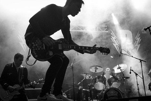hudebník kytarista